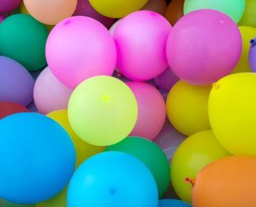 ballons saint-valentin gonflables-maison de charlotte